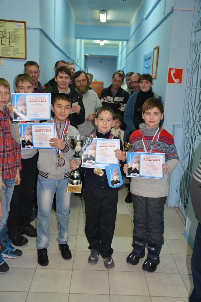 Абсолютные призёры М.Пьяхов Урай, Д.Бобоев Х-Мансийск, Л.Паньшин Н.Тагил