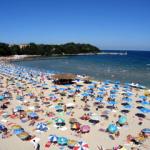 200 юных югорчан отправляются в Болгарию на отдых