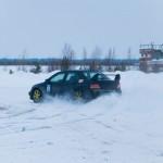 В Радужном состоялись ледовые гонки