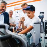Юные югорчане отправились в «Парк будущего» на Черноморском побережье