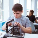 Школьники Югры пройдут профориентацию в «Городе мастеров» в детском центре