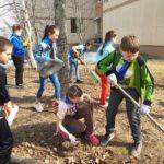 73 тысячи югорских школьников стали участниками Экологического трудового десанта